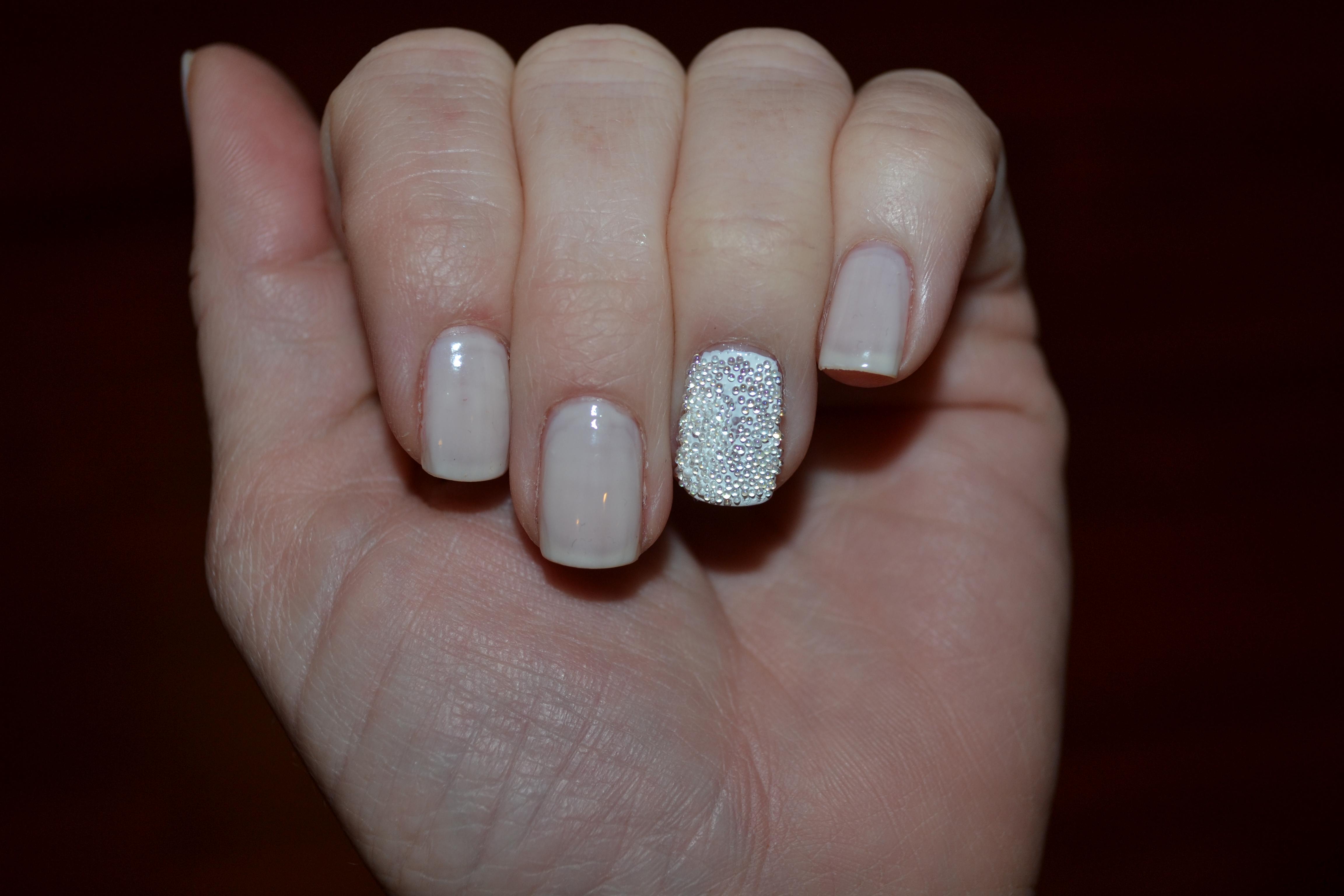 Caviar Nails | glitzgirlzglamourguide